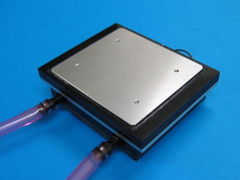 水冷式冷熱プレートDET-4120